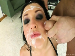 Perfect Bukkake Action On beautiful Brunette